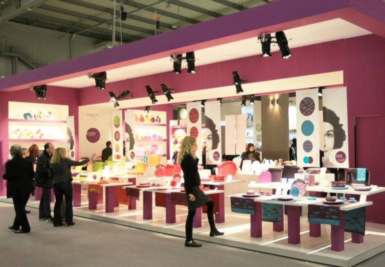 Essential Differences between Traditional and Popup Trade Show Displays