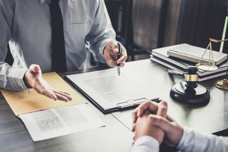 A Wide Range of Services Offered by the Business Law Attorney